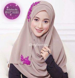 emyliasuraya_beauty_muslimah_talent_modal_produk_makeup_wanita_pengantin
