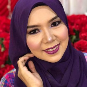 monaliza_hj_khanafi_makeup_talent_beauty_careting_belajar_mekap_kosmetik_cosmetics_produk_mua_catering