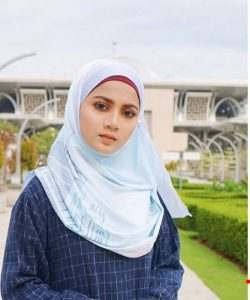 shelamiey_beauty_muslimah_talent_modal_produk_makeup_peragawati