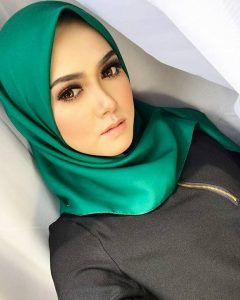 eyda_ibrahim_cun_beauty_muslimah_talent_modal_produk_makeup_wanita_pengantin