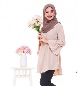 eyraahmd_beauty_muslimah_talent_modal_produk_makeup_wanita_solekan