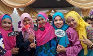 istiati_hamdan_cun_beauty_muslimah_talent_modal_produk_makeup_wanita_pengantin