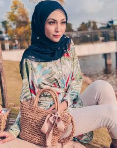 bibidiyana-model-muslimah-modelling-malaysia-hijab-talent-makeup-beauty-cantik-wanita-islam