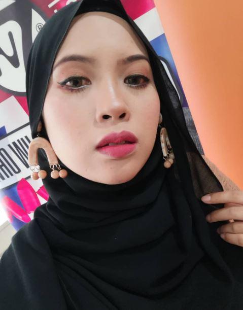 fafau_cun_beauty_muslimah_talent_modal_produk_makeup_wanita_pengantin